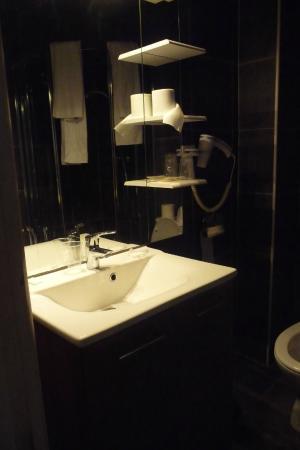Residence Bel Ombra: bagno nuovo