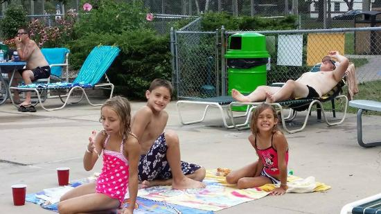 Jellystone Park of Fort Atkinson: Hanging out at the pool