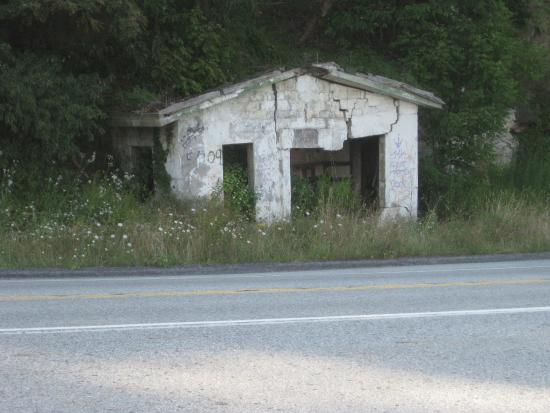The Historic Lincoln Highway: Deserted Service Station Across From Point Hotel Location Rt 30