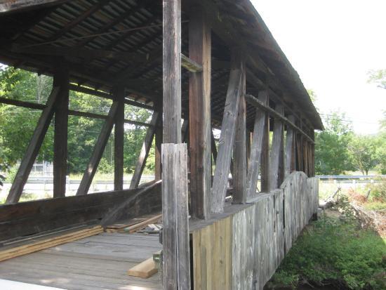 Covered Bridge loop: Covered Bridge Under Repair Near Bedford Pa