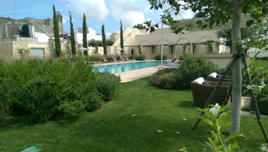 San Cassiano, อิตาลี: Panoramica giardino e piscina