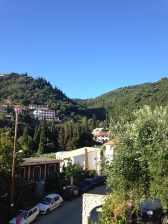 Sebastian's Family Taverna & Accommodation: View of mountains from balcony
