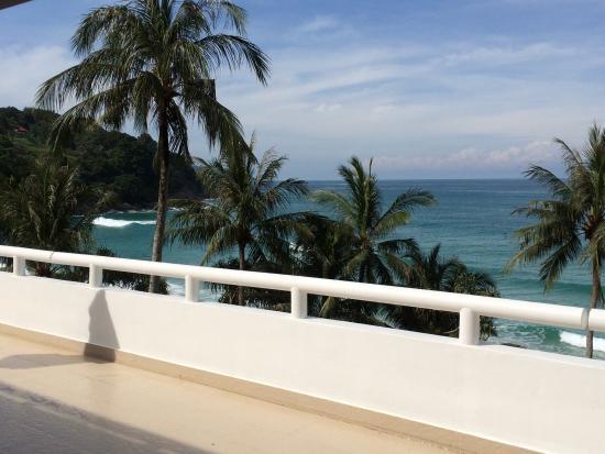 Le Meridien Phuket Beach Resort Photo