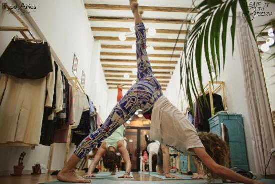 Leave it to Barcelona: yoga