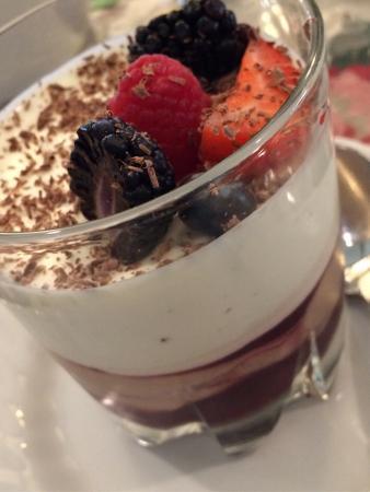 Longview Steakhouse: Chocolate Trifle.