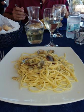 Valli, Italia: Spaghetti alle vongole