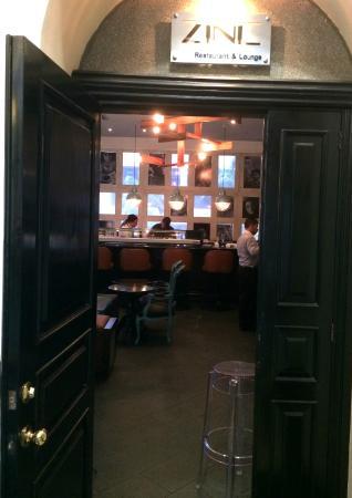 Zinc Restaurant & Lounge