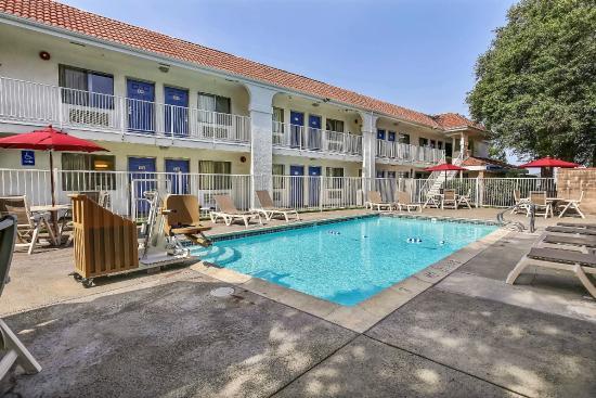Motel 6 pinole californie voir les tarifs et avis for Motel bas prix