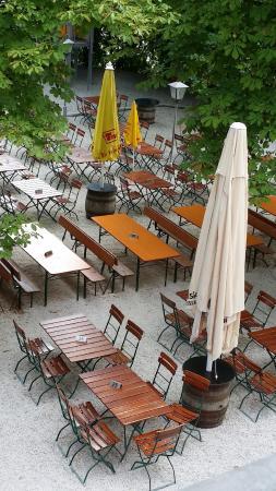 Klosterbrauhaus Ursberg: Beer Garden 2
