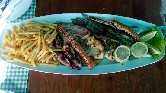 Restaurant REA: Fish plate for two