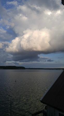Henderson Harbor, NY: clouds
