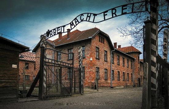 The main gate to auschwitz nazi death camp in oswiecim adamtasimages