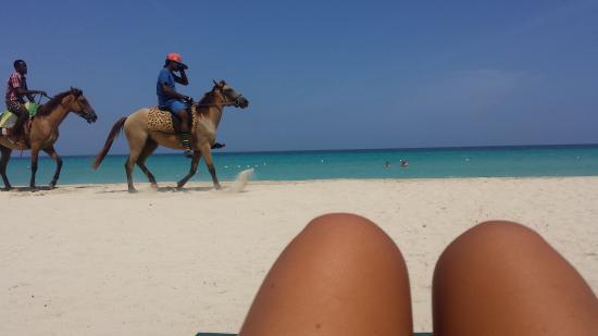 Merrils Beach Resort III: spiaggia