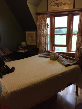 Baddeck Riverside Bed & Breakfast : middle room