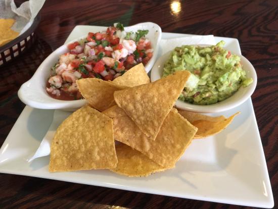 La Cabana Restaurant: Shrimp Ceviche & guacamole