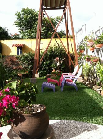 Dai Nonni Hotel: jardin / garden