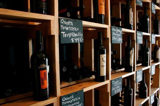 Vinos Van Eyck: La Tienda de Vinos