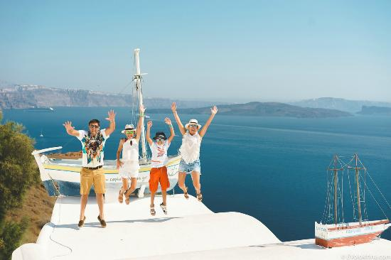 Santorini Best Tours by Omega Travel