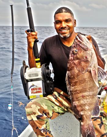 Deep drop fishing picture of belize sport fishing for Deep sea fishing belize