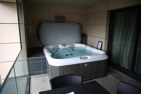 0c87516b76 Jacuzzi on balcony - Picture of Casa Hotel