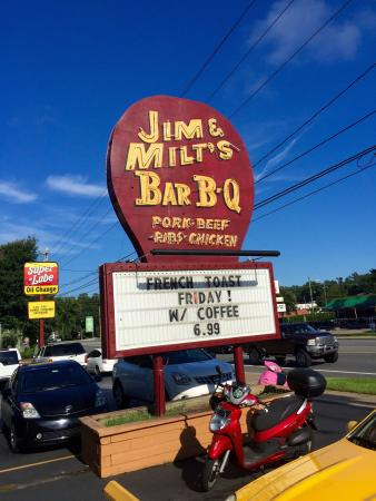 Jim & Milt's Bar-B-Q: photo0.jpg