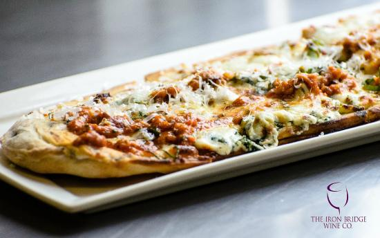 Iron Bridge Wine Company: Grilled Flatbread Pizza