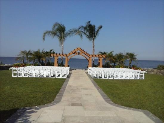 The Inn At Herrington Harbour Wedding Arc
