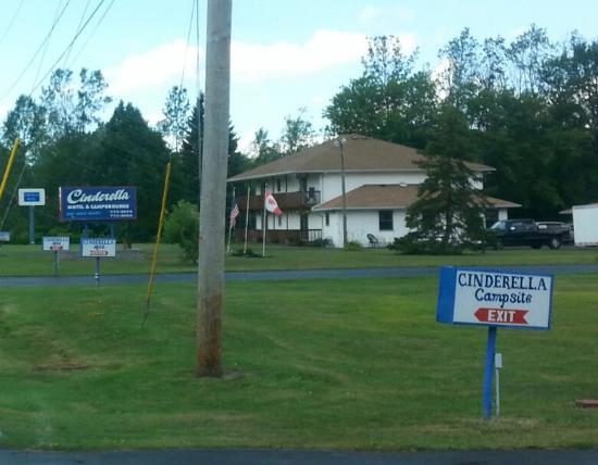 Photo of Cinderella Motel Grand Island