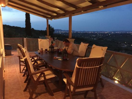 Mouzaki, Grecia: the terrace
