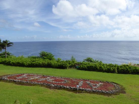 Lai Nani Resort: jardin vue sur l'océan
