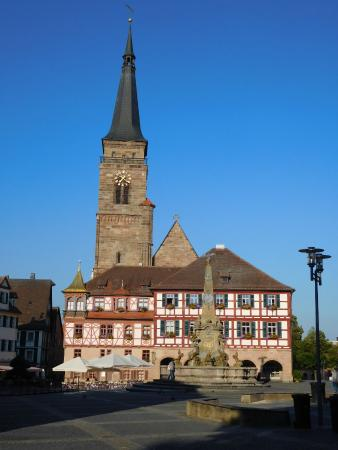 Schwabach, Allemagne : City Hall and St Martin's Cathedral