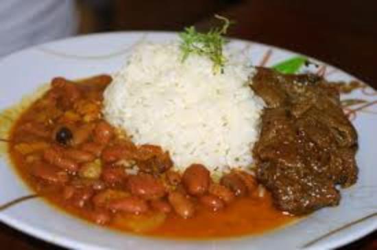comida dominicana la bandera fotografía de lechonera el barrio