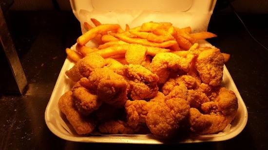 Cat fish nugget picture of jj fish chicken zion for Jj fish and chicken near me