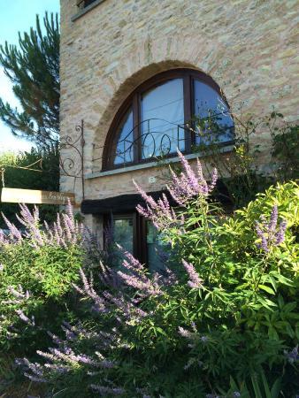Villeferry, France : Отель