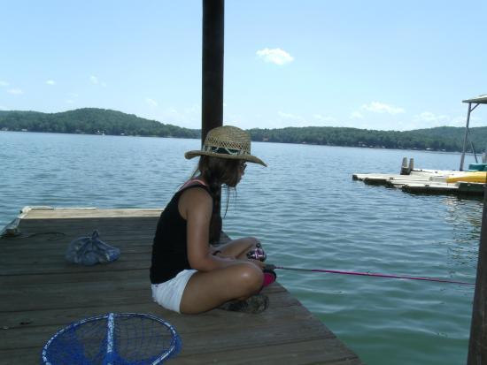 Treasure Island Bed & Breakfast: Fishing in the lake.