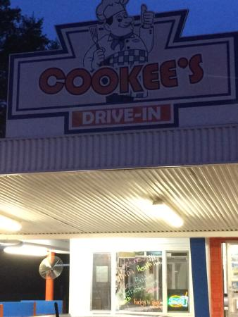 Cookees Drive-In: photo3.jpg