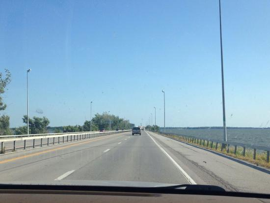 Lake Erie: photo2.jpg