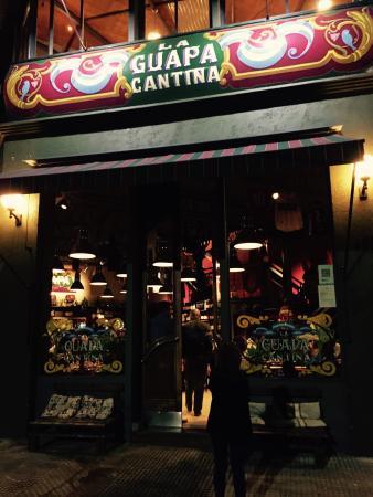 la Guapa Cantina