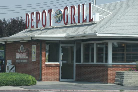 d91c101e452 Depot Grill
