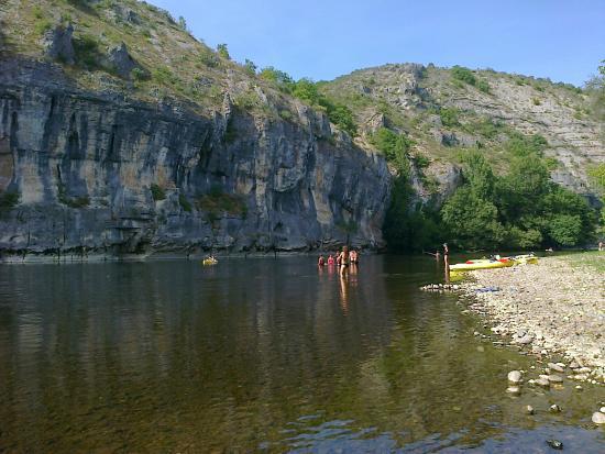Creysse, Francia: Ballade et baignade en canoé