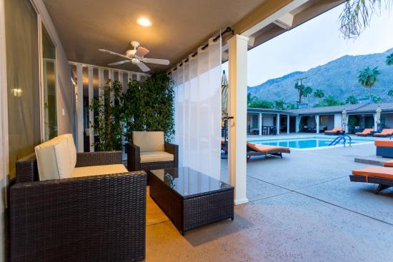 Little Paradise Hotel