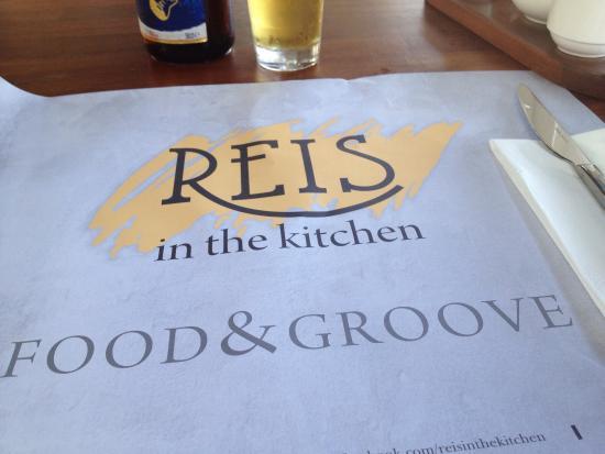 REIS in the KITCHEN : photo1.jpg