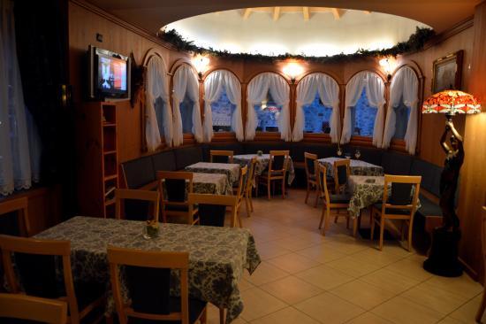 Hotel Pedranzini: L'accogliente e carina sala-tv