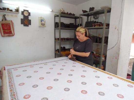 Art Inn Jaipur: Working in the block printing studio
