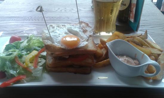 Xaver - Café Küche Bar