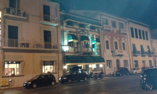 巴伊亞酒店