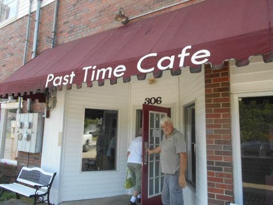 Entrance to Past Time Cafe, Crab Orchard, Ky.