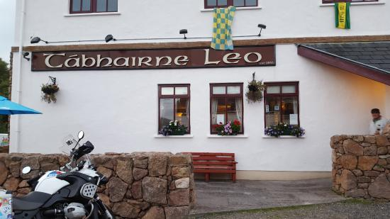 Leo's Tavern, Crolly, County Donegal