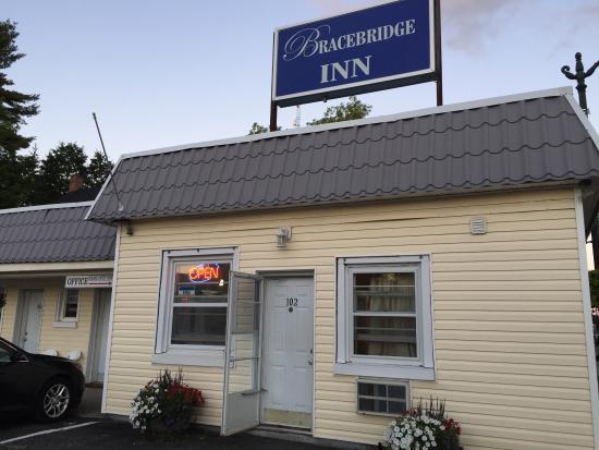 Bracebridge Inn: photo0.jpg
