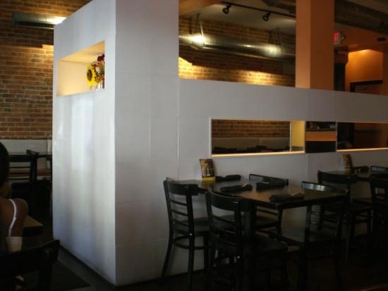 Sumittra : View inside the restaurant